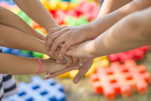 Stratégie de soutien aux aidants : le plan du gouvernement